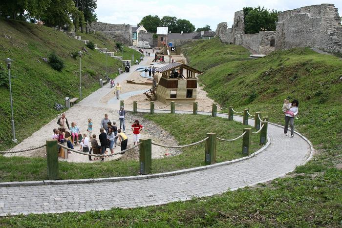 Haapsalu Episcopal Castle Children's park